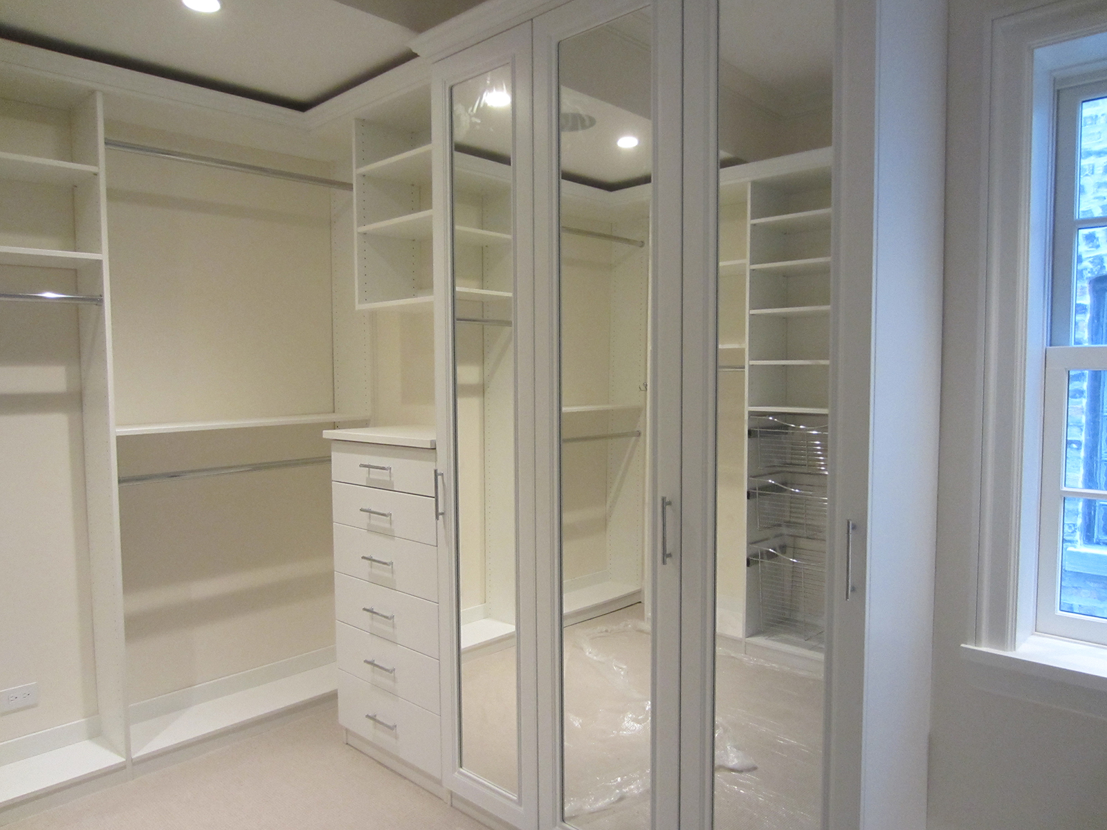 White melamine walk in closet butchko and company for Best walk in closet